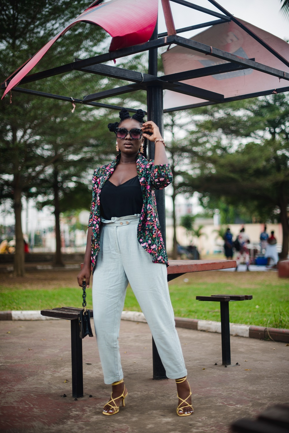 How to style paper bag pants fall outfit work outfit inspiration